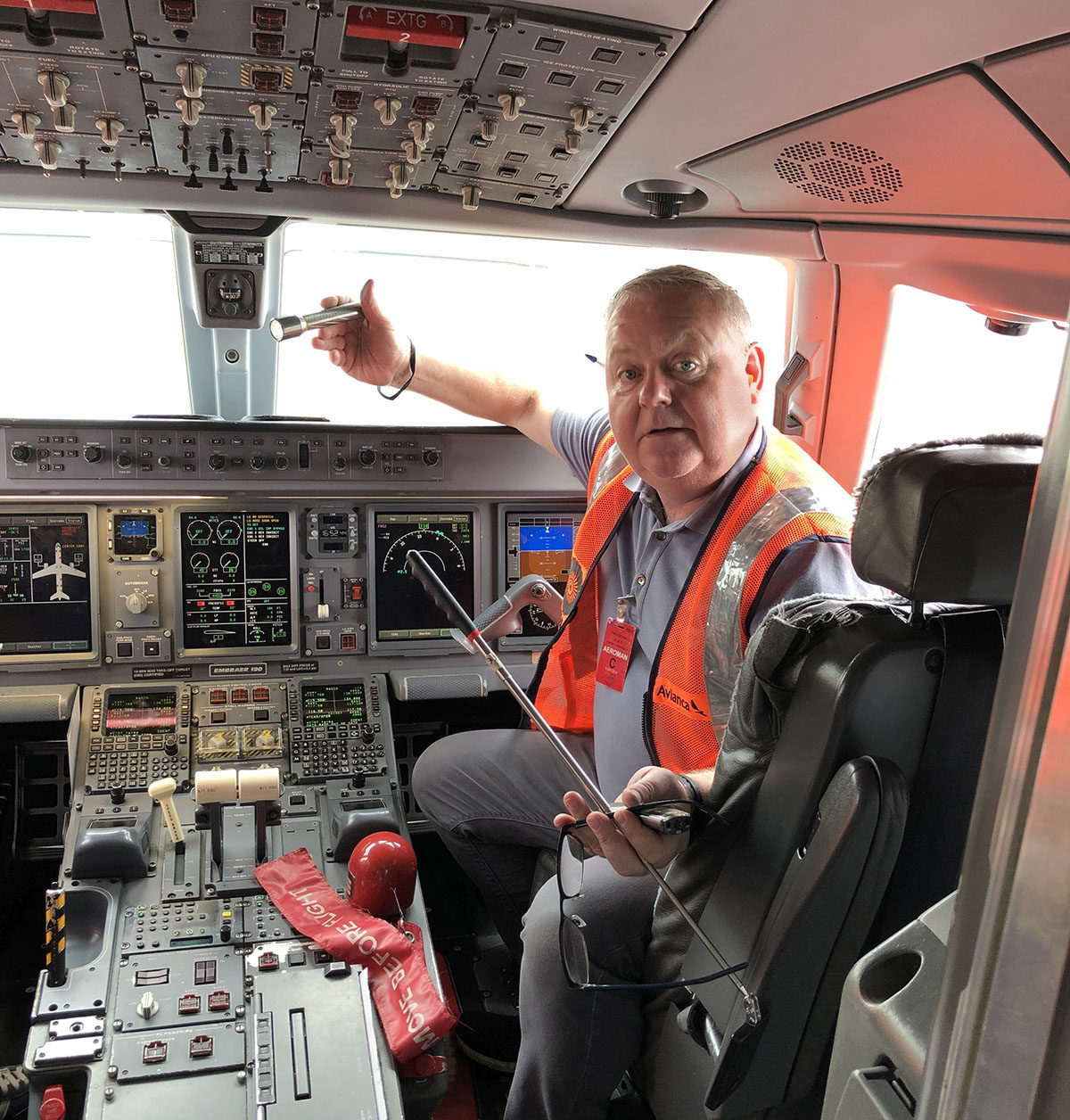 Graham on board as Avianca return a Embraer E190