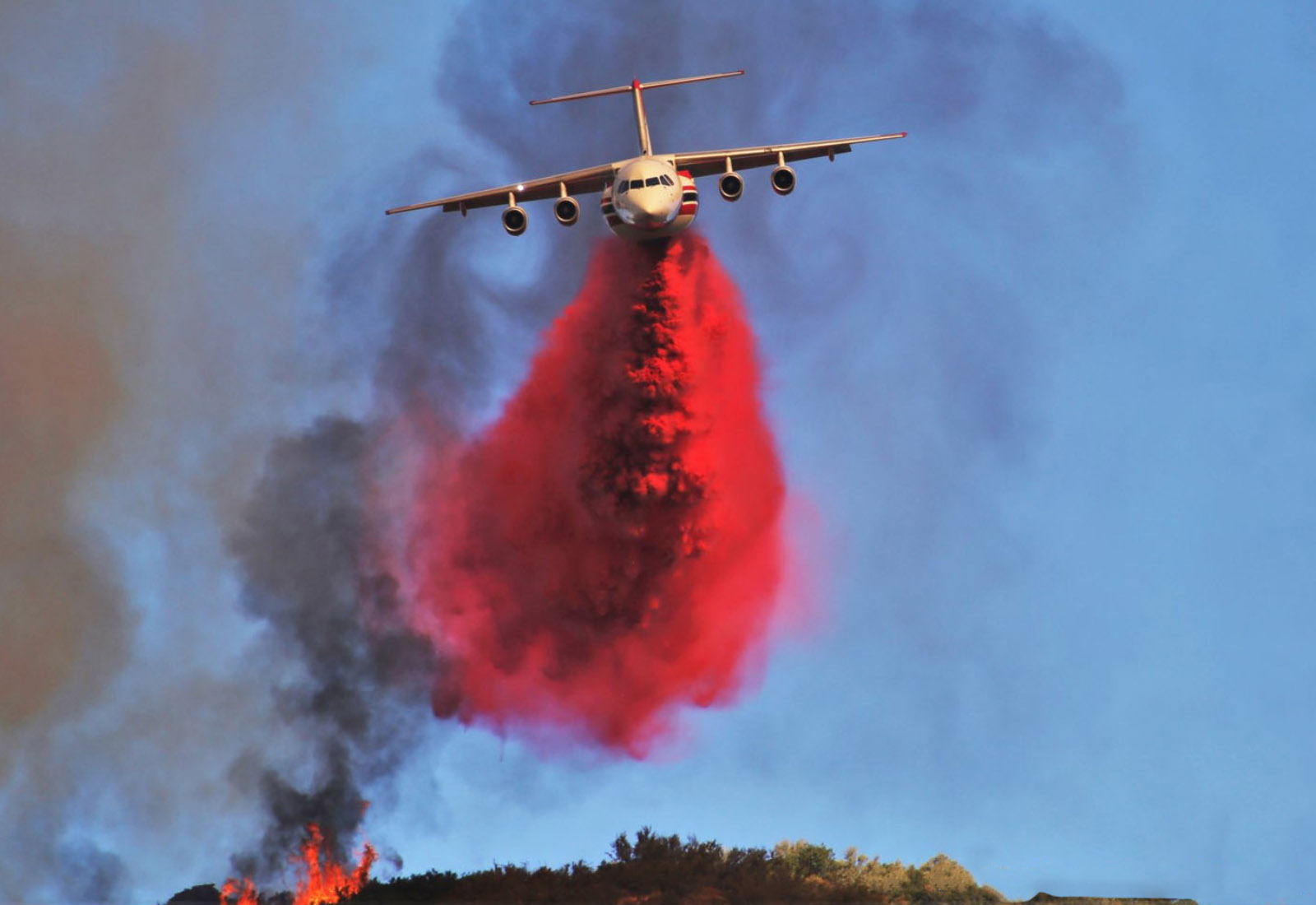 Falko Aircraft Fighting US Wildfires